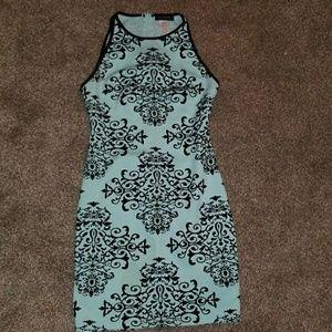 Dresses & Skirts - Formal dress size 5/6